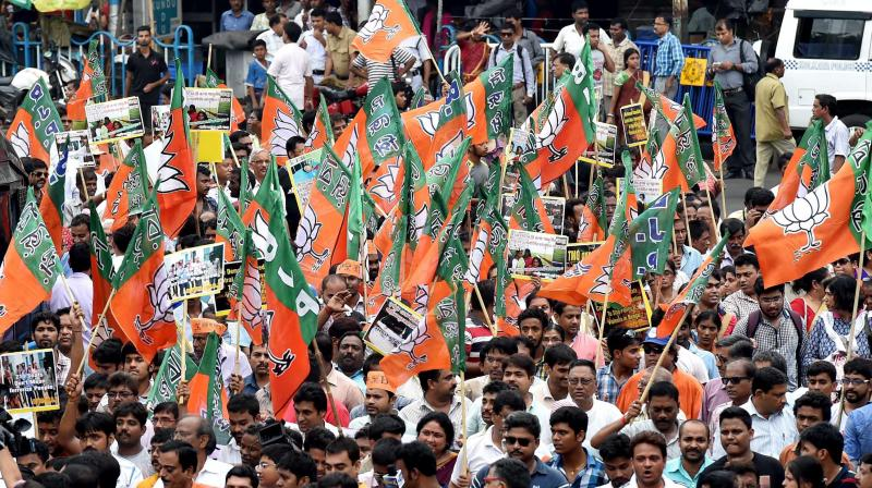 Infighting, Strong Opposition Candidates Await BJP in Mathura